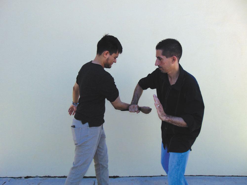 Kershaw XCOM knife review self defense