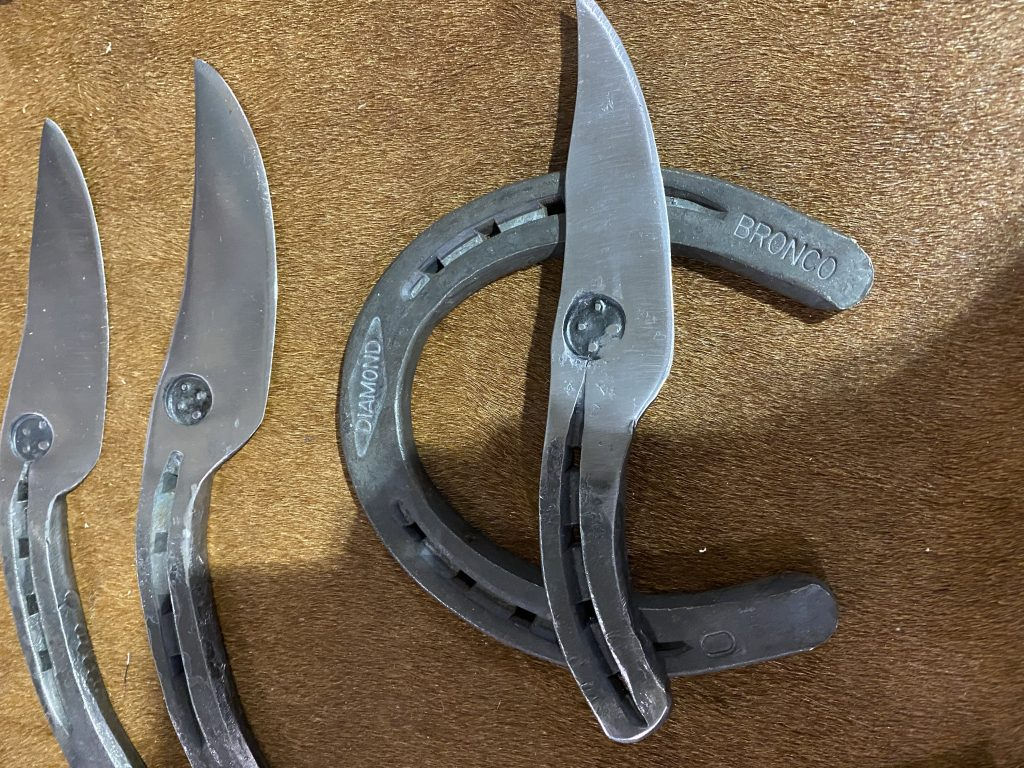 knives from horseshoes