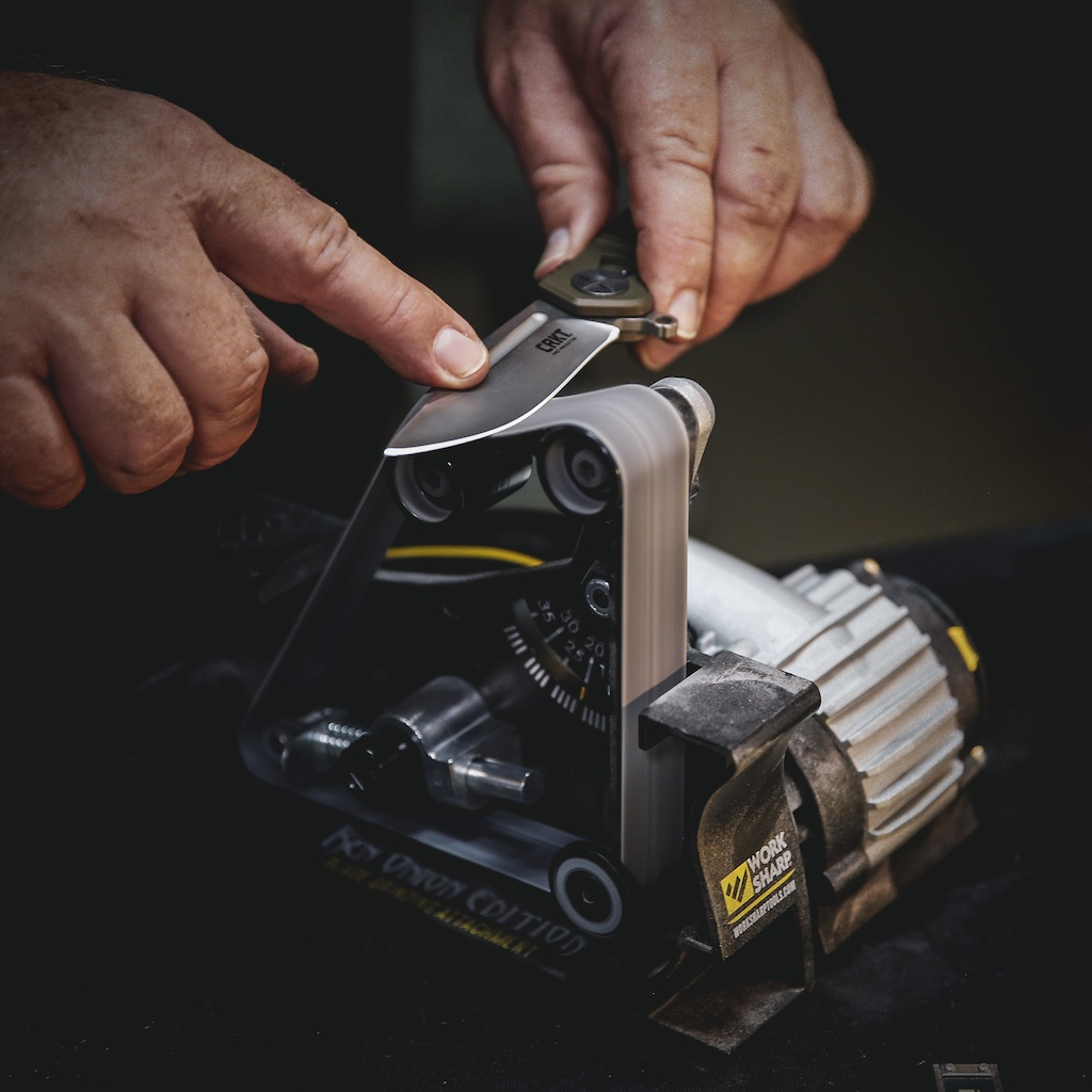 Powered-belt knife sharpener