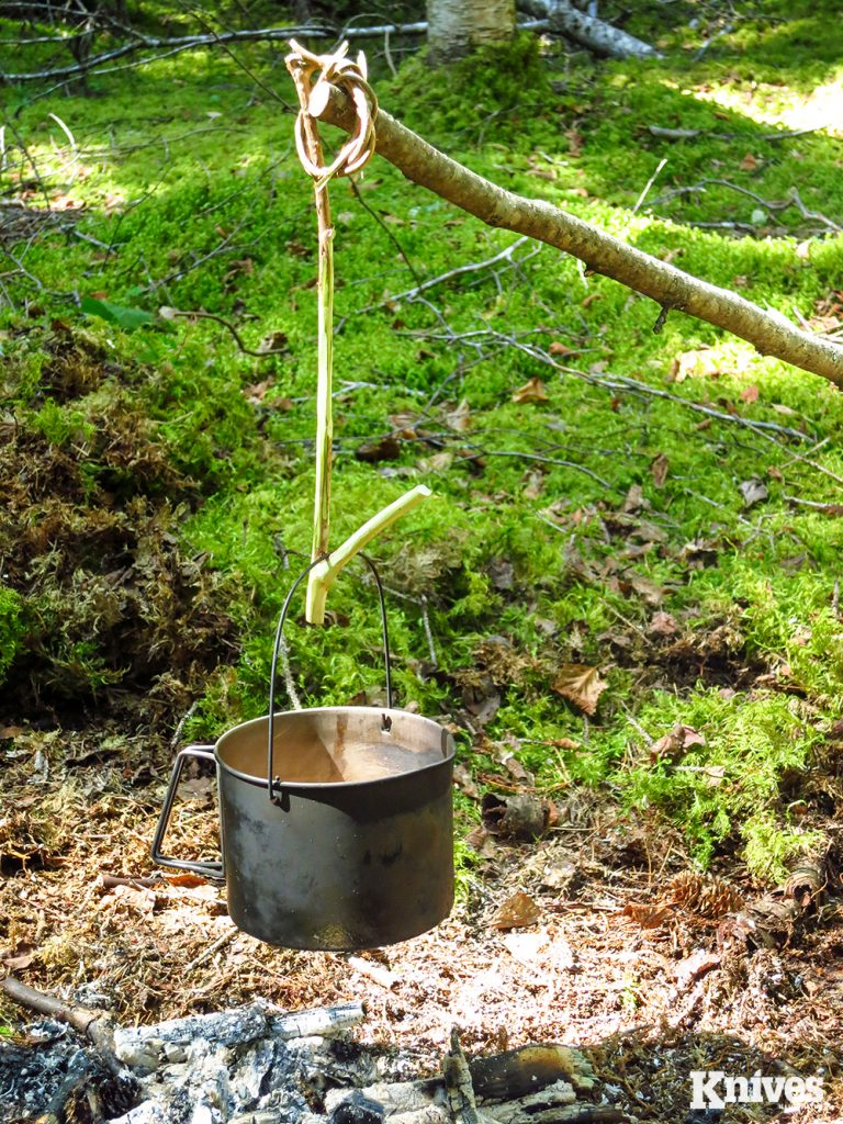 The Gallow-Crook pot hanger is easy to make and another simpler alternative to the classic pot hanger.