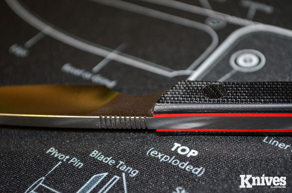 The jimping adds a little extra traction when manipulating the Scalpel for detail work.