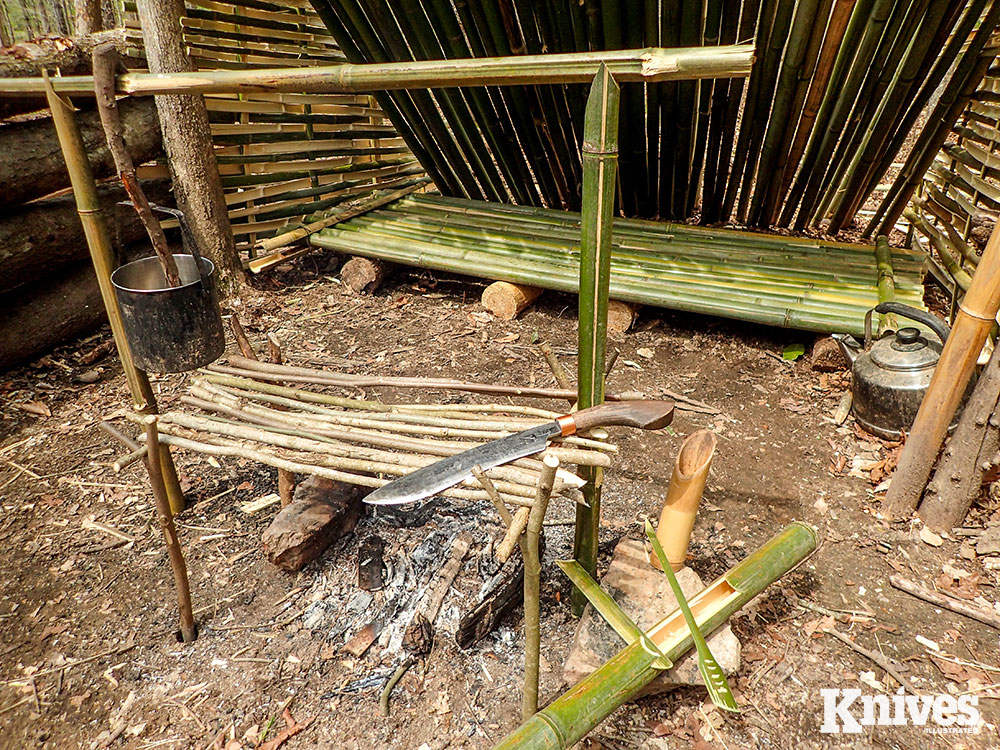 A bamboo jungle kitchen equipped with a swamp grill, rice maker, spatulas, and a hanging system to suspend pots was made with the Golok 135. It sliced, carved, hammered, chopped, and pried wood/bamboo. This is exactly the type of work suited for parangs.