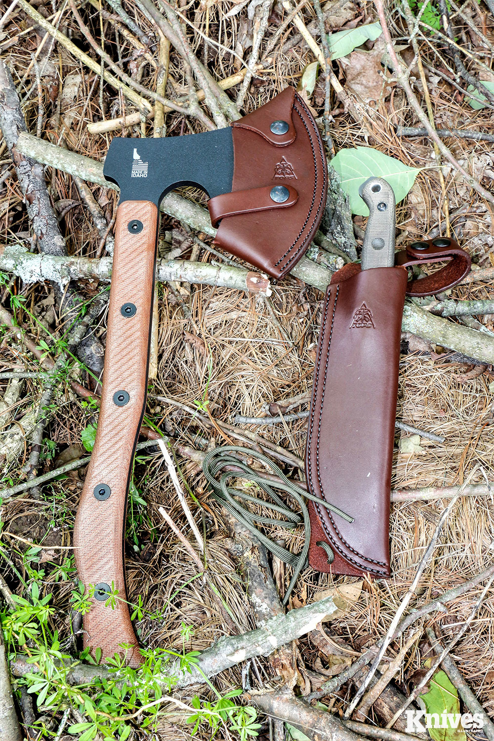 Both tools come with high-quality leather sheaths. The one for the Brush Wolf has a belt loop on a dangler.